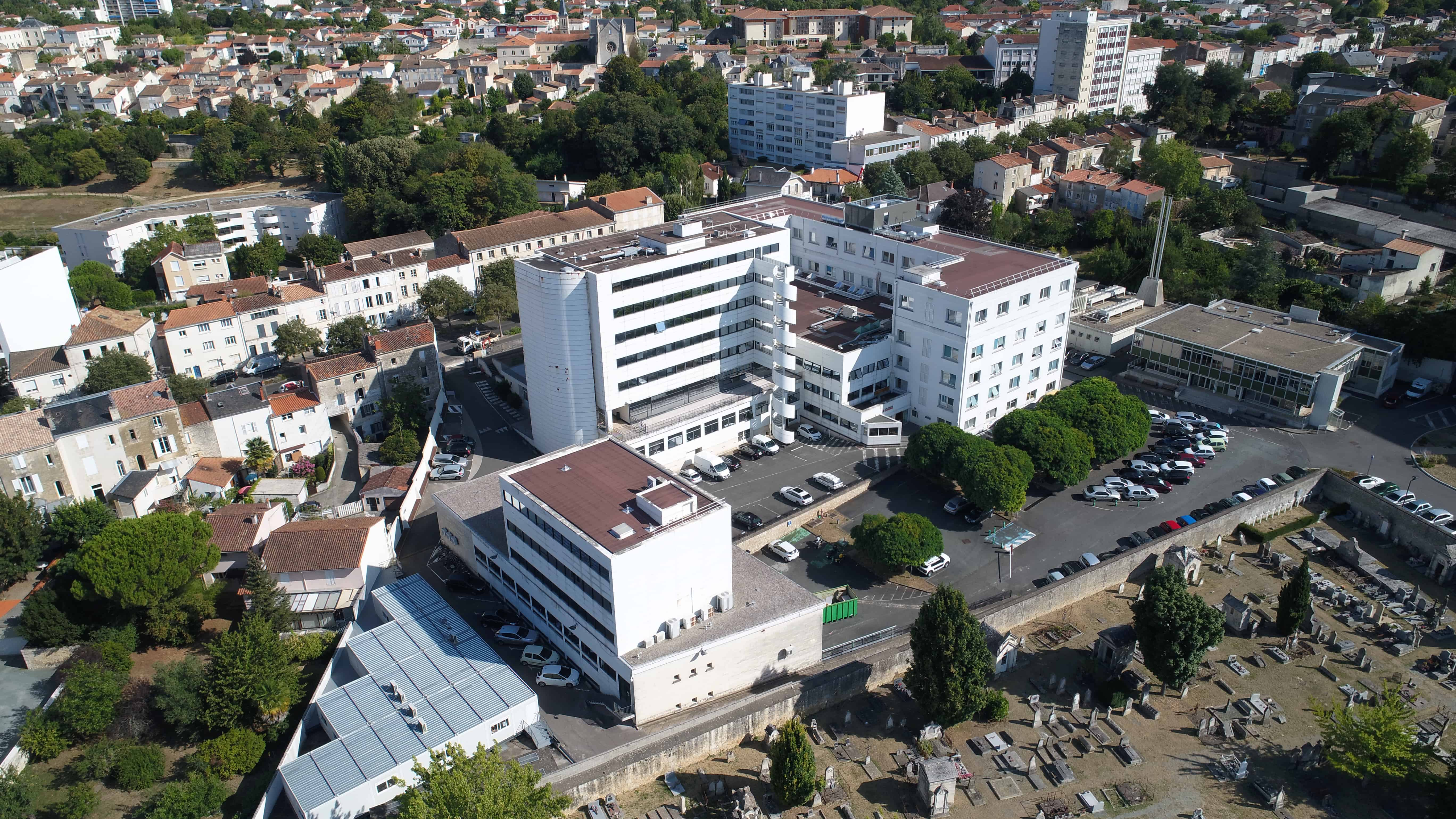 Photos et vidéos par drone à Niort (79) dans la région poitou-charentes.